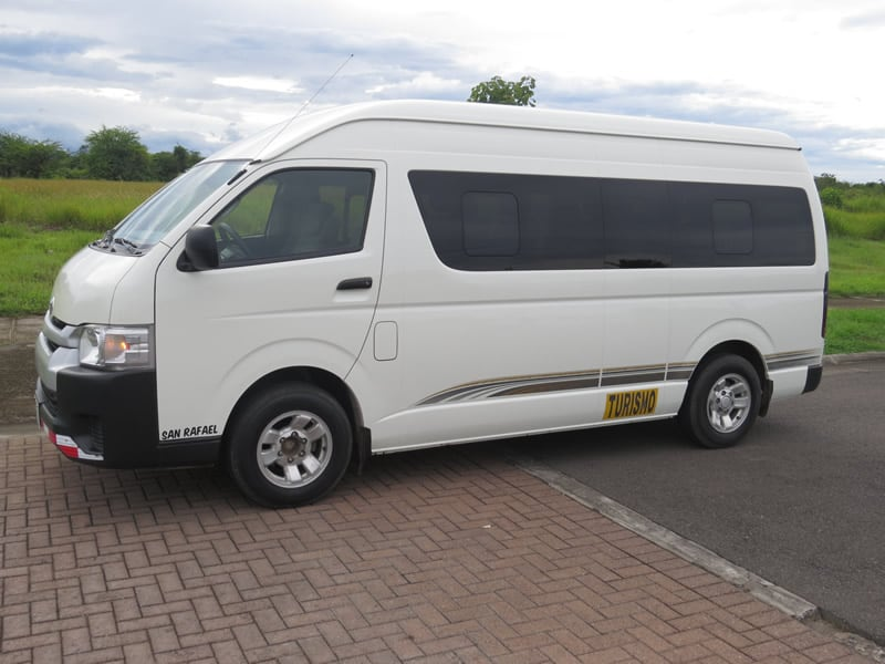Microbus Hiace 10 Passengers Pacific Tours Costa Rica